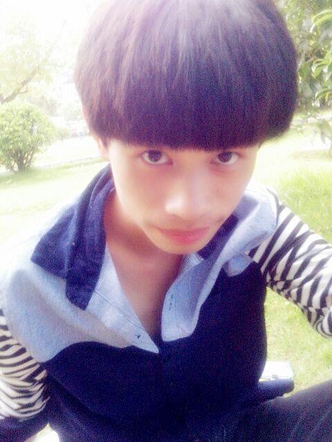 回复:【男生发型】男学生最新斜刘海发型图片图片