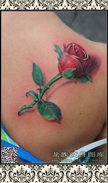 女生锁骨玫瑰纹身女分享展示