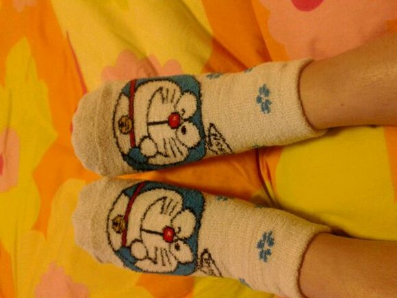 晚上睡觉时候脚心很热很烦躁,是怎么回事