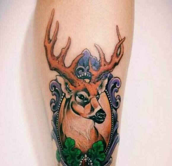 彩色鹿头 抽象纹身图片