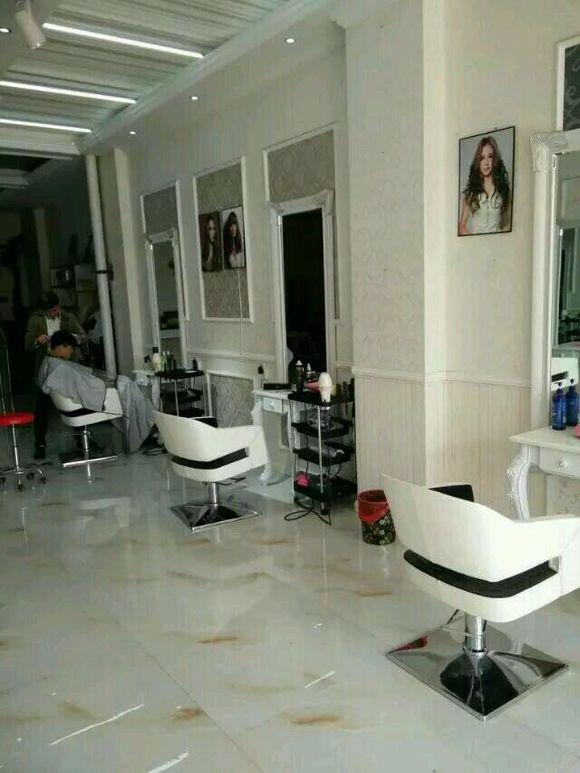 招聘美发师,美容师,学徒图片图片