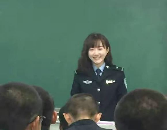 【警校】学校院校报考指南警察留学的英国高中图片