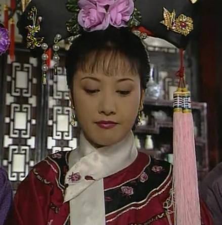 清朝女人发型是如何梳的图片