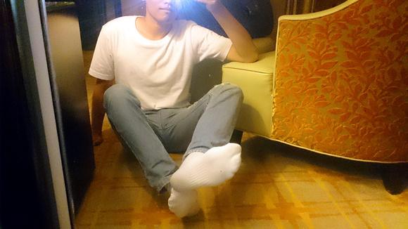 白袜做爱gif动态囹�a_昨晚在酒店拍的白袜