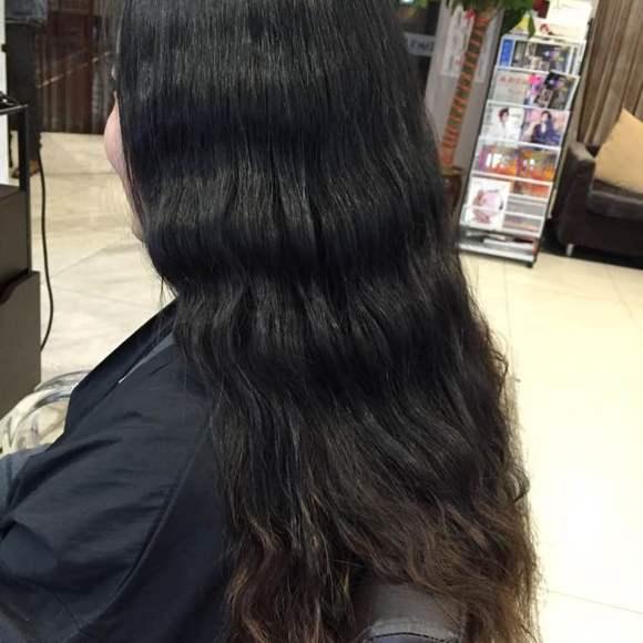 圆脸适合什么发型 方便面,水波纹,蛋卷烫 螺旋烫 侧分大波浪发型 25种