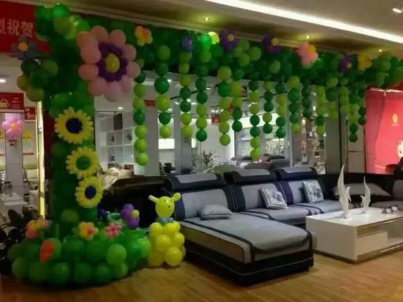 时尚party,毕业晚会,舞台年会,商场活动等各种现场活动的气球布置图片