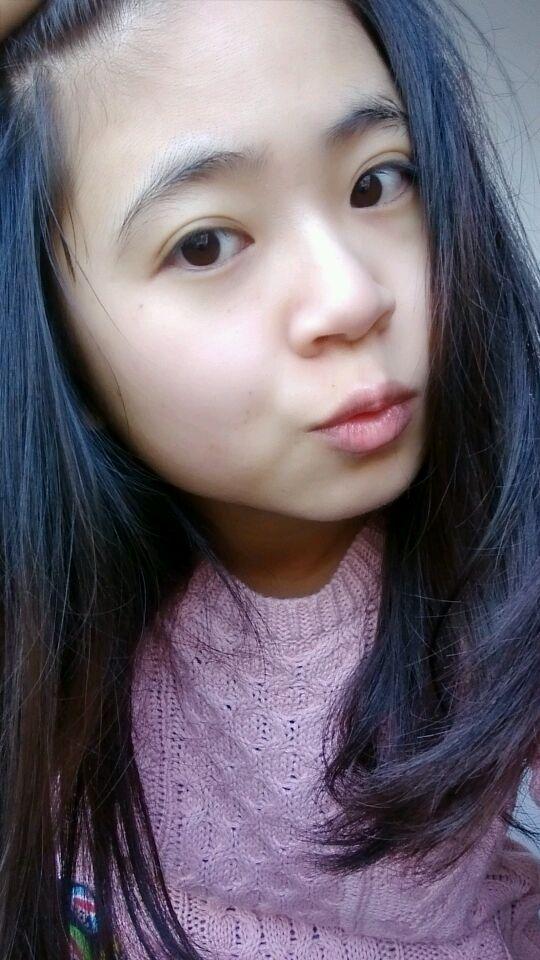 斜刘海自拍美女分享展示图片