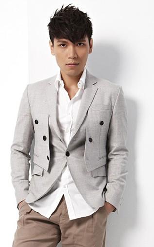林志铉和萧敬腾在《我是歌手》中唱的英文歌的歌名是什么?