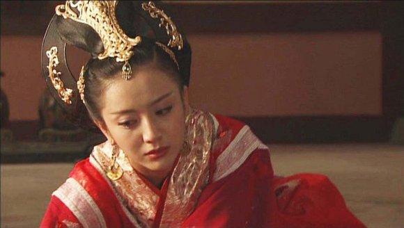 电视剧《母仪天下》中赵飞燕的结局是什么呀?