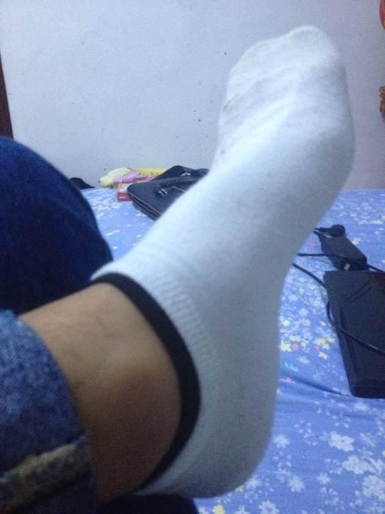 扒帅哥鞋_男孩白袜子文章,帅哥吃白袜男孩脚,闻篮球鞋白袜子帅哥|编码器
