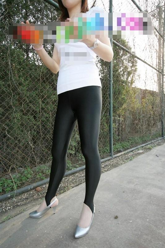 健美裤紧身裤图片