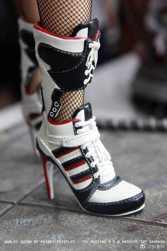 小丑鞋子女