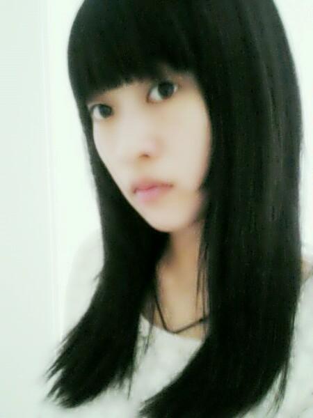 发型设计 直刘海空气刘海 > 空气刘海很上镜呢  空气刘海很上镜呢图片