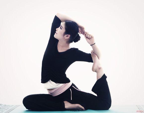瑜伽图片大全唯美图片