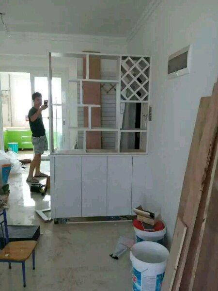 【图片】专业木工:承接吊顶做柜子隔断花架影视墙,,.图片