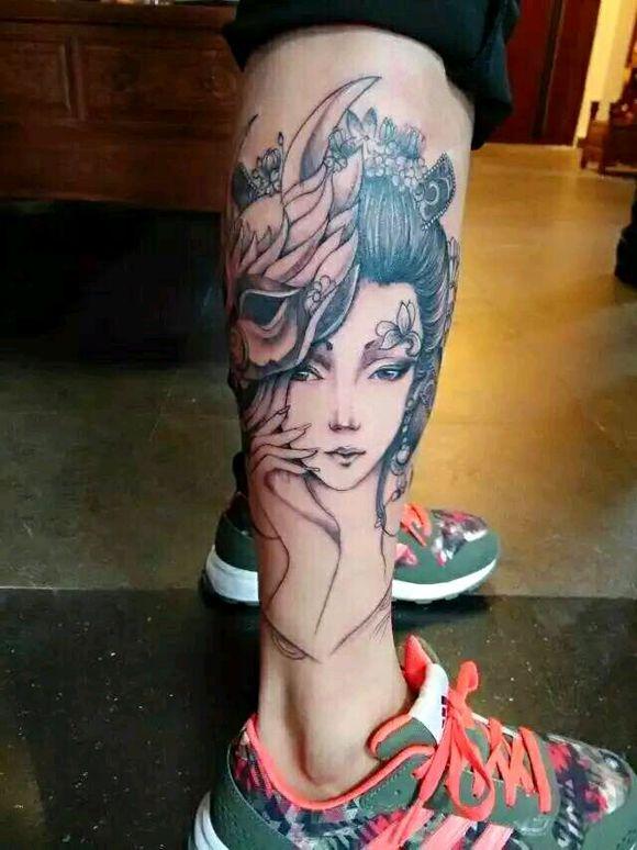 有没有艺妓图 半背 或者包大腿的 !急!_纹身吧图片