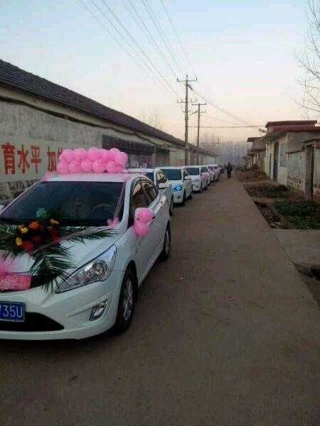 宝马婚车车队图片