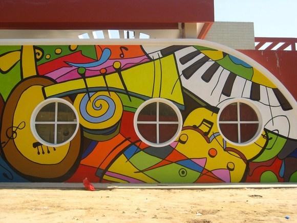 幼儿园美术教室墙面分享展示图片