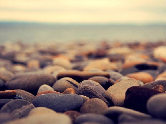 高中对江河说:我是真正的卵石.地址山石石头鲁山图片