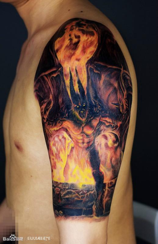 手臂纹身图片