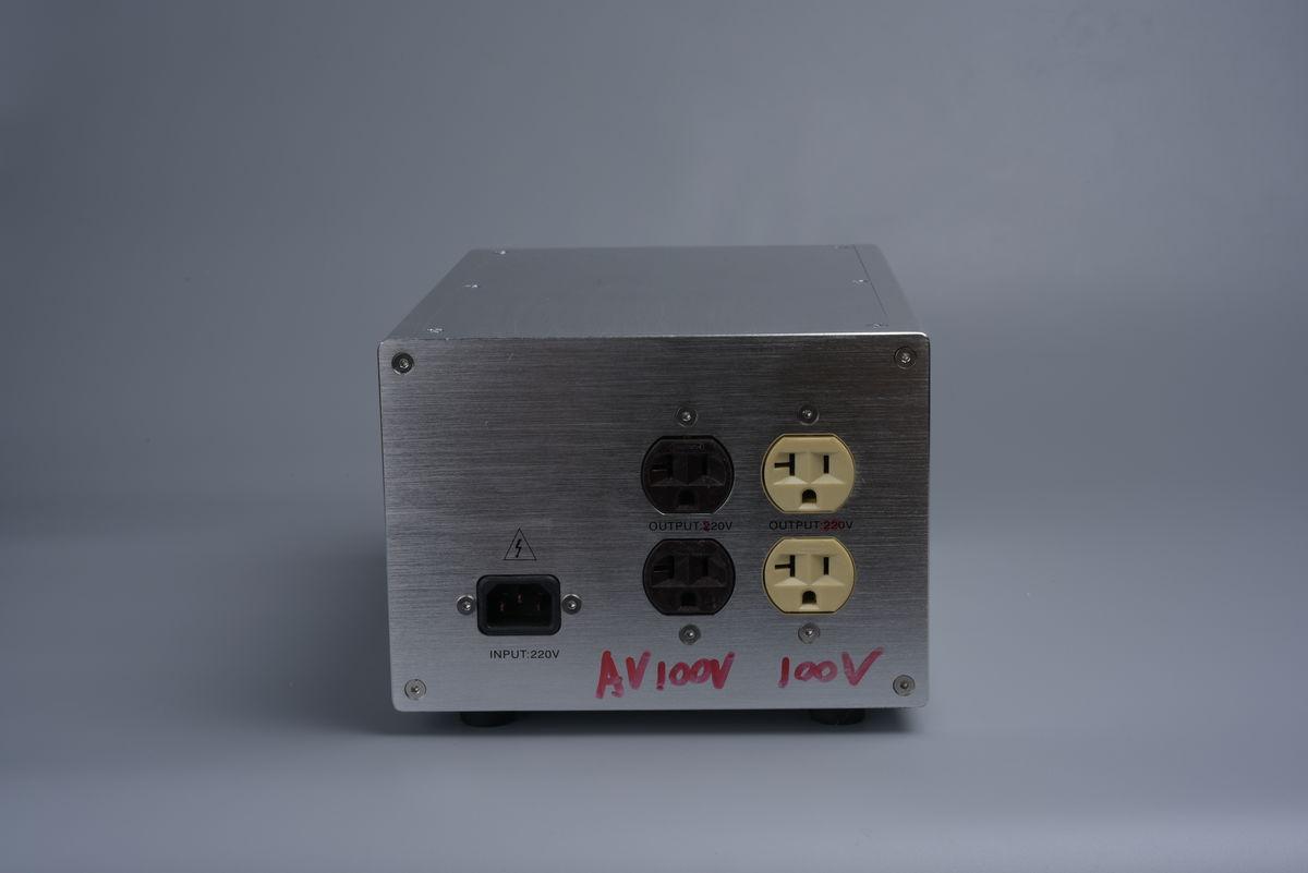 请问 用功放双12伏的变压器,可不可以做12伏供电输出220伏逆变器中图片