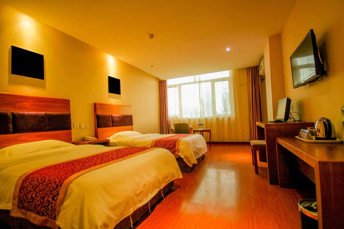 床,客房,宾馆,酒店,装修,窗帘,旅游,大床房,标准房,豪华房,双人床图片