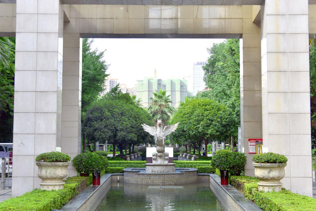 池塘喷泉雕塑,庭院雕塑现代雕塑,住宅小区中庭景观,景观设计,园林景观图片