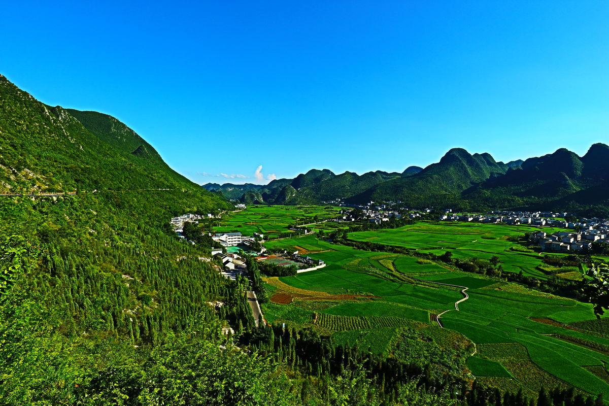 万峰林,万峰林景点,万峰林美景,万峰林风景,兴义万峰林,万峰林景区图片