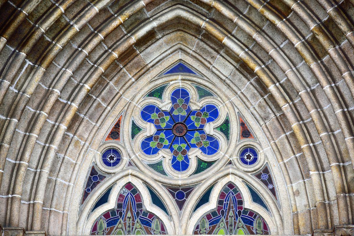 欧式教堂窗户,花窗,圆形石雕,欧洲古建筑,教堂建筑,彩色玻璃,欧式玻璃图片