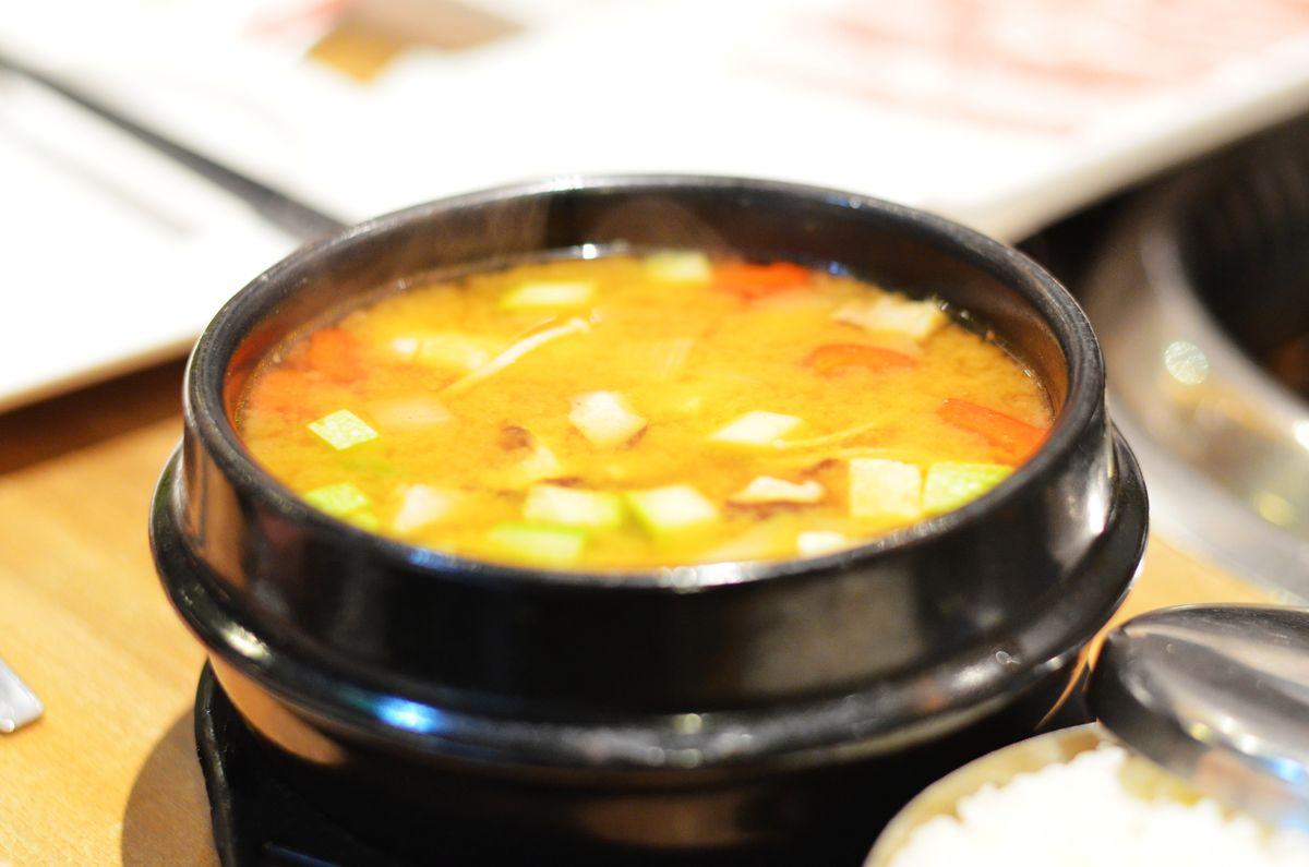 酱汤,大酱,大酱汤,豆腐汤,泡菜汤,韩式酱汤,韩国汤,酸辣汤,韩式料理图片
