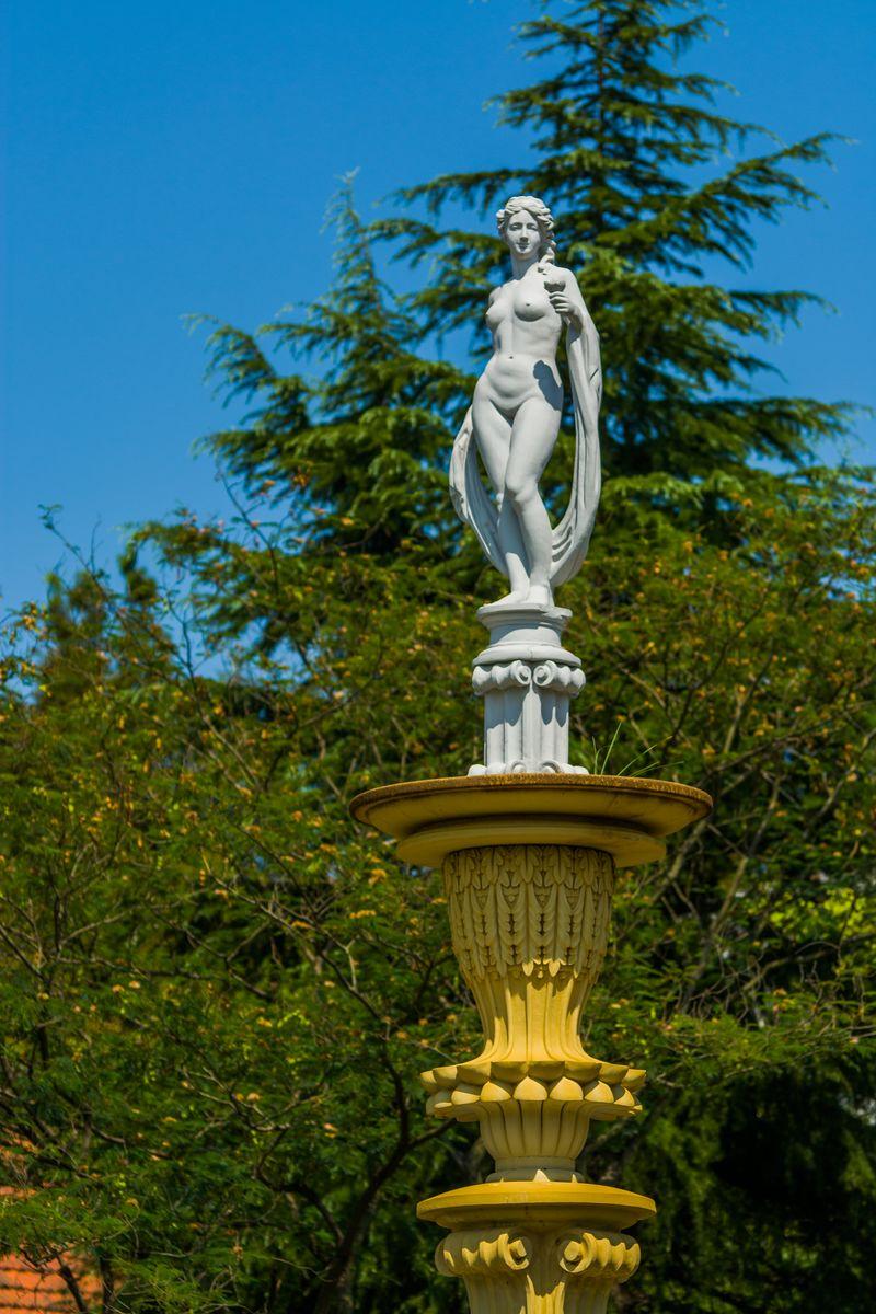 裸体女人雕塑,女神,女神雕塑,欧式雕塑,人物雕塑,欧式人物雕塑,广场图片