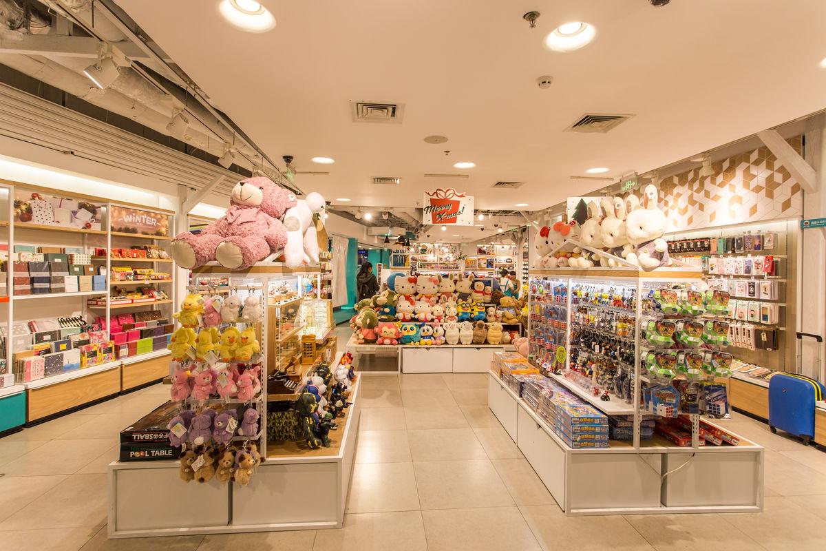 饰品店,店铺货架,商店橱窗,卖场空间,生活用品,工艺礼品店,货品摆放图片