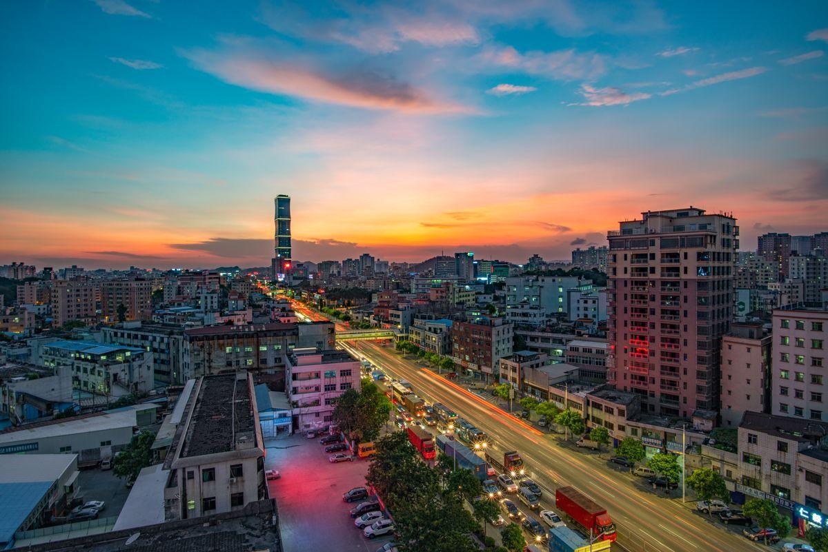 长安镇,长安北站,城市地标,长安广场,城市景观,万科大楼,城市夜景,长图片