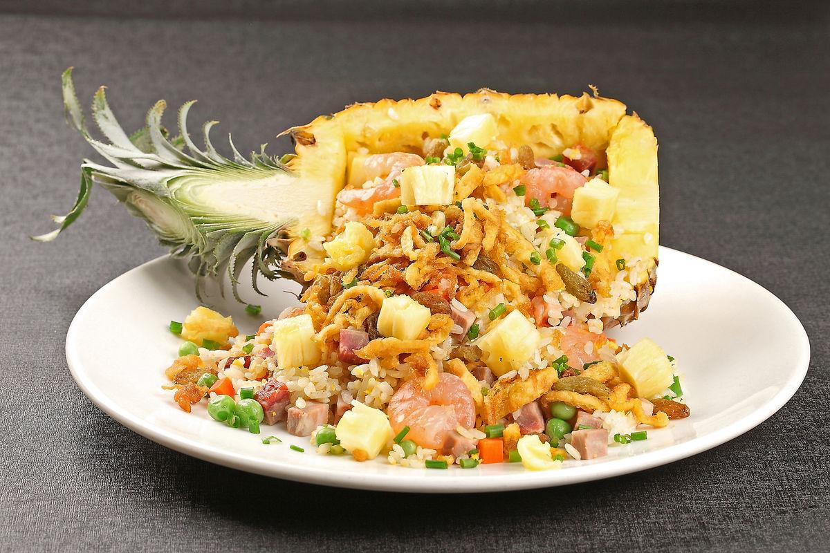 泰式菠萝饭,菠萝八宝饭,菠萝海鲜炒饭,菠萝海鲜饭,海鲜菠萝饭,泰式图片