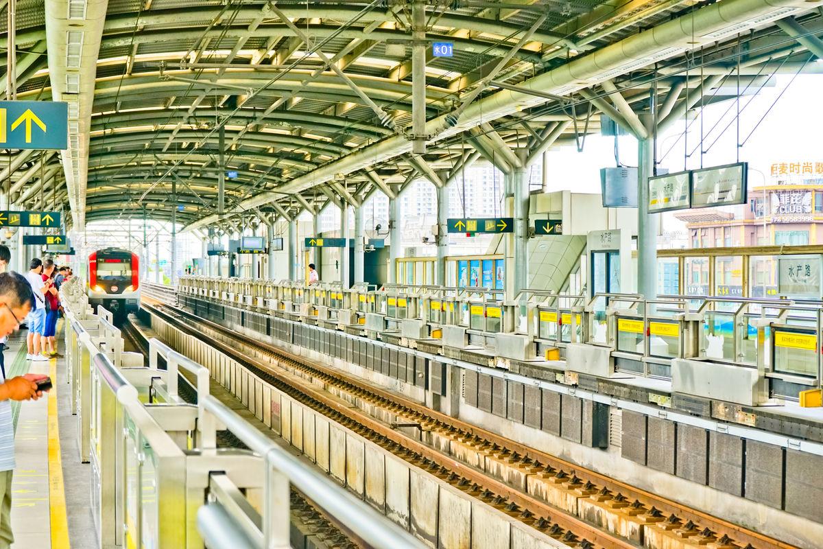 上海地�_上海地铁,轨道,交通,列车,轻轨,铁路站台,城市交通,坐地铁地铁站