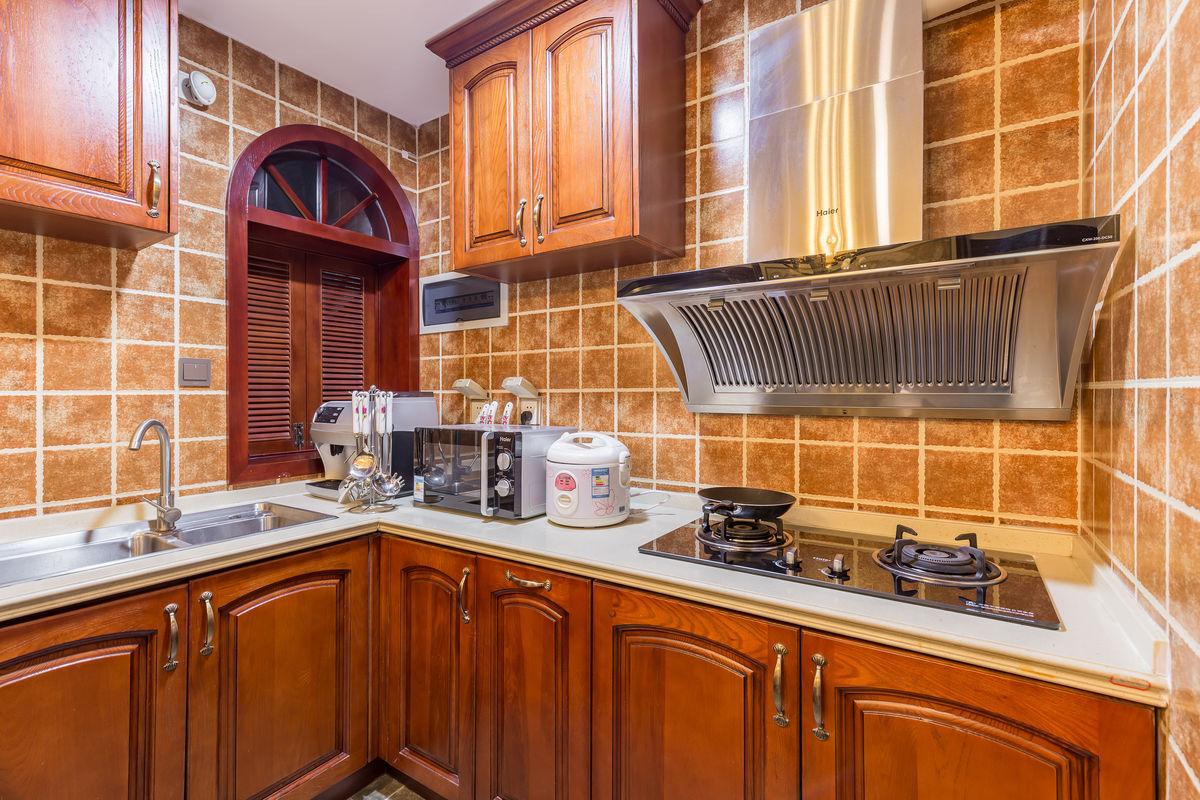 厨房,整体橱柜,实木橱柜,欧式橱柜,原木橱柜,厨房设计,现代厨房,整体图片