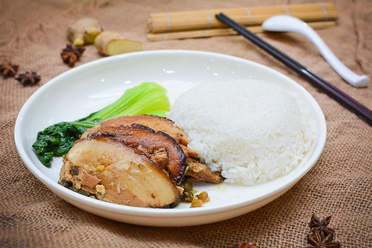 梅菜,梅菜扣肉,中式快餐,快餐,米饭,盖饭,梅菜扣肉套餐,梅菜扣肉盖饭图片