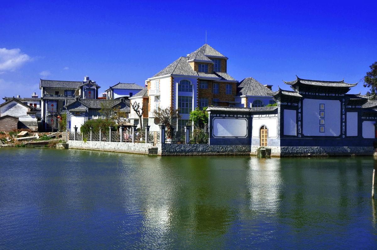 水边房子,小别墅,乡村家园,亲水建筑,房屋,中式风格,大理图片