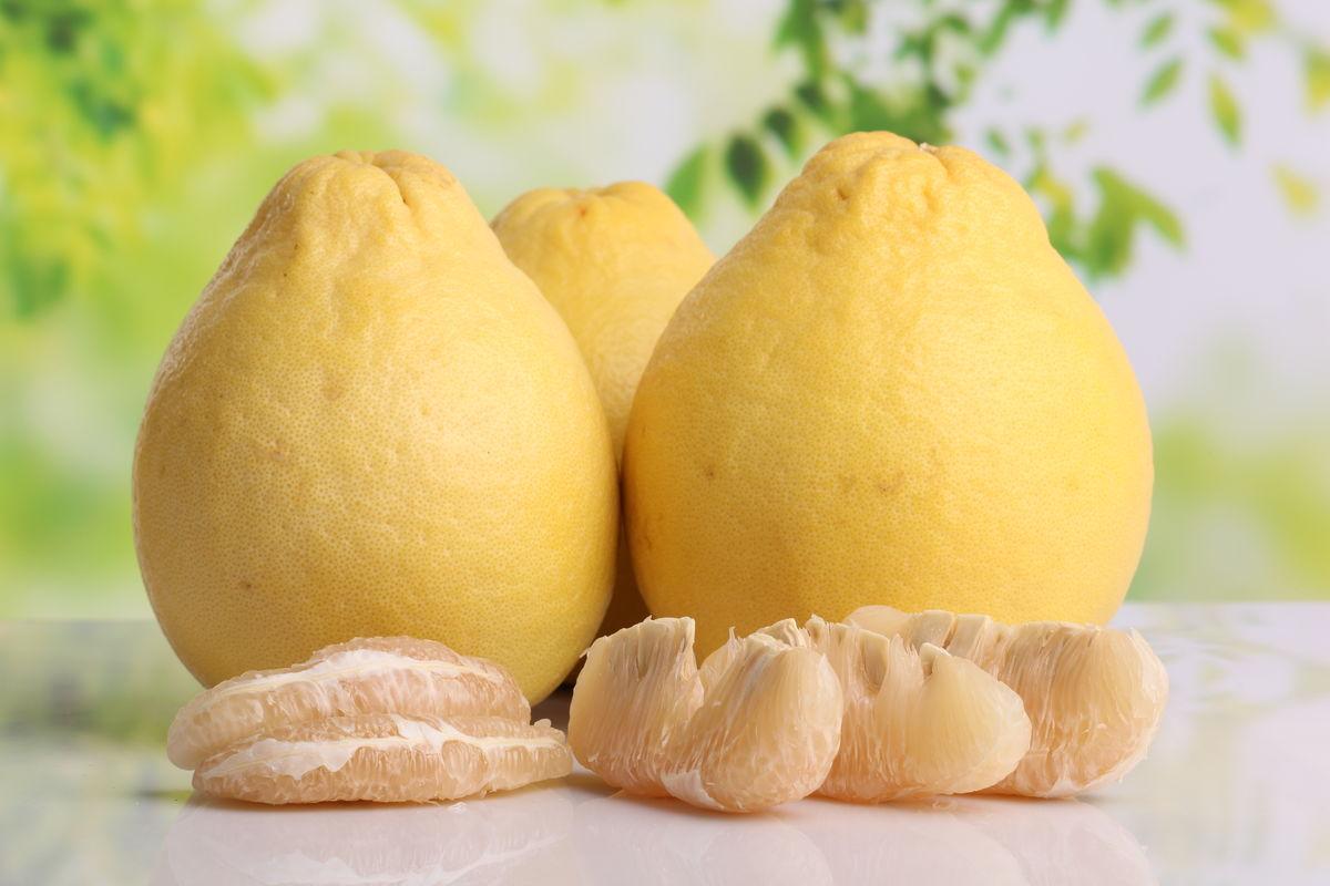 柚子 水果 实物 摄影图片