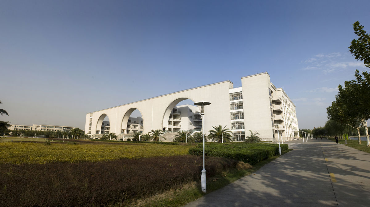 建筑,中式风格,国内建筑,教学大楼,上海对外贸易大学,高校,学院楼,大图片