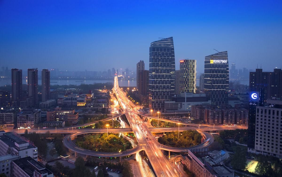 2016年武汉黄浦路立交桥夜色图片