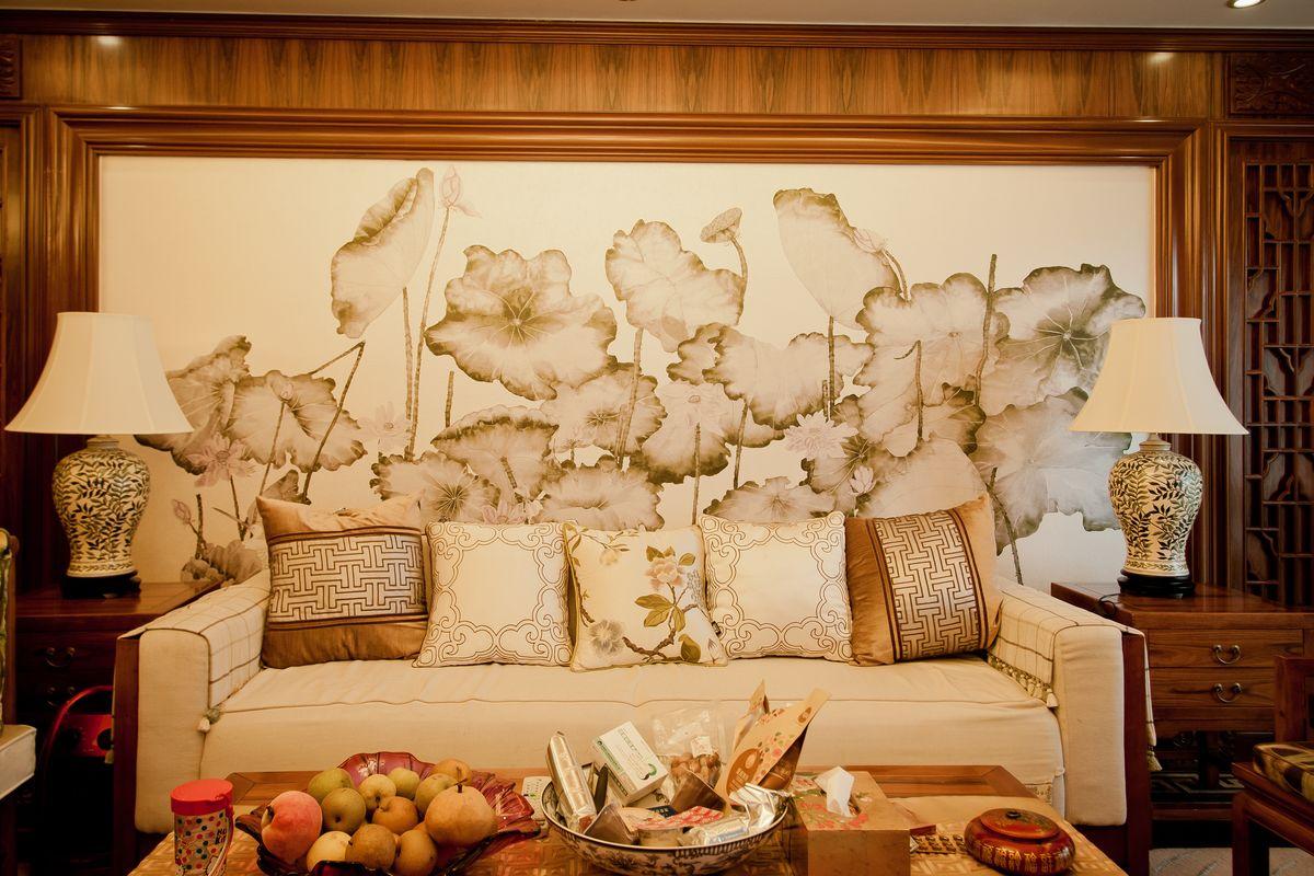 吊灯水晶灯灯饰,室内空间装饰,中式实木沙发,客厅灯光,背景墙,家装图片