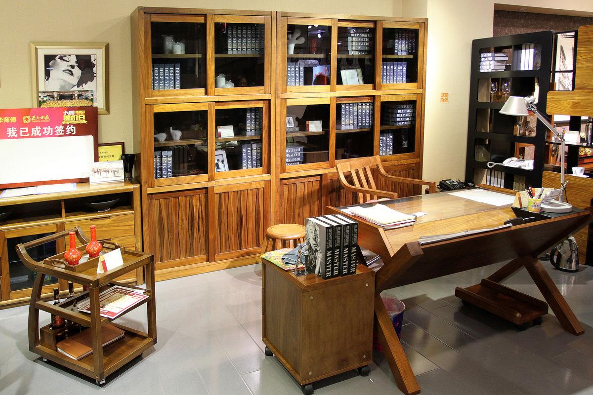书房,书房家具,样板房,室内装饰,家居装饰,书柜,书桌,座椅,整体书房图片