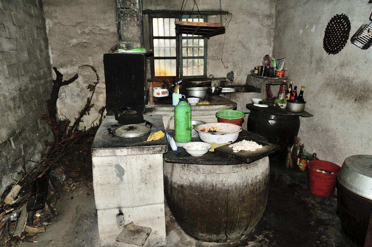传统农村厨房图片