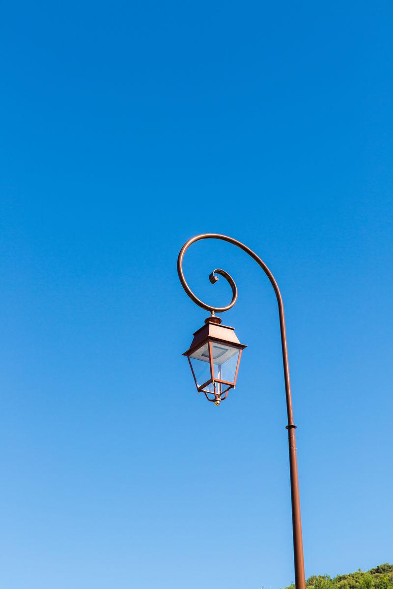 灯杆,蓝天,路灯,照明,道路灯,照明设施,典雅,复古,纯净天空,晴朗图片