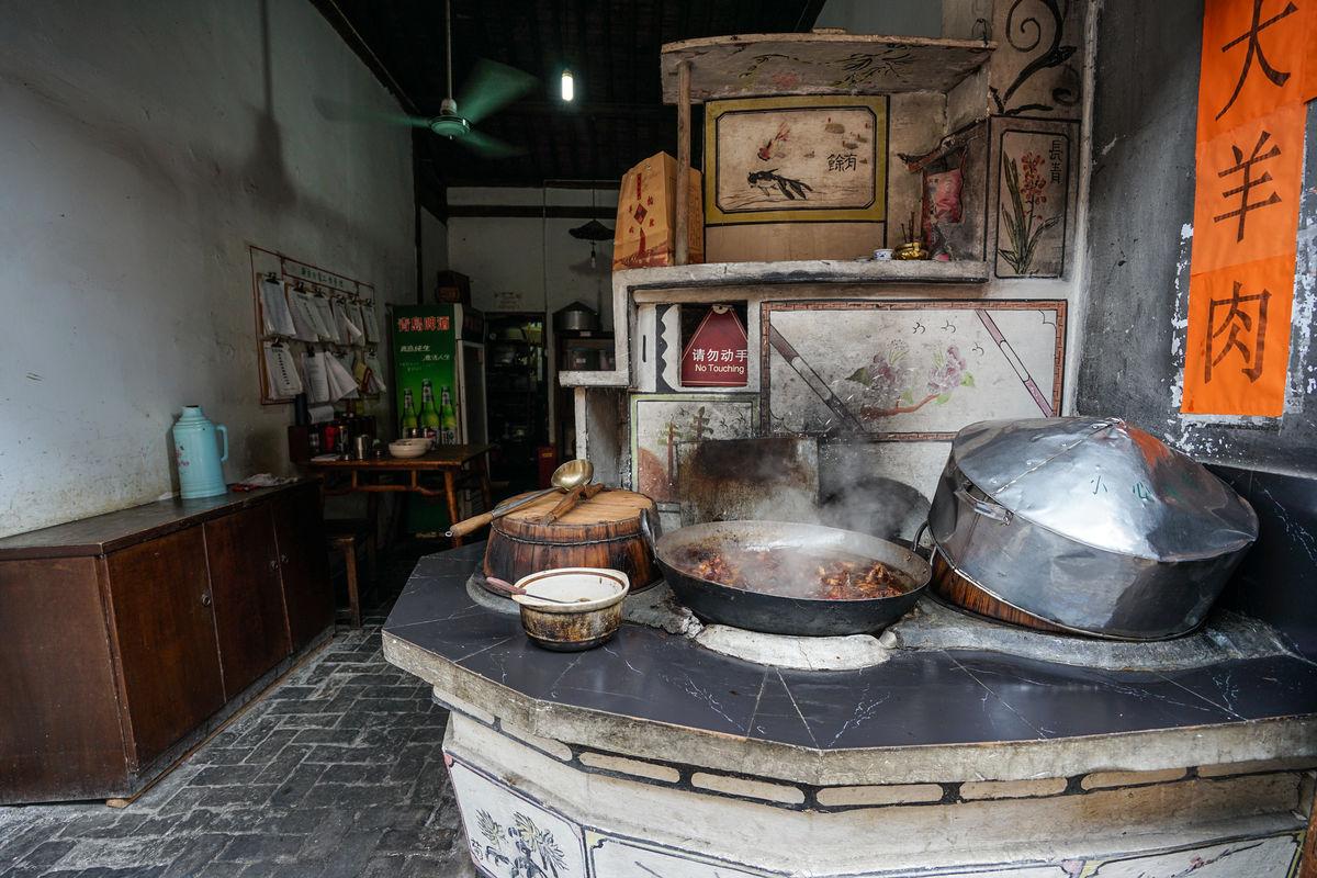 乌镇,炉灶,农村,铁锅,木柴,农家,大锅,灶房,土灶台,老灶台,老厨房图片