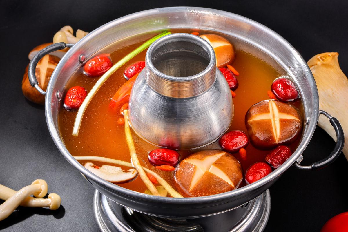 菌汤火锅 高清大图图片