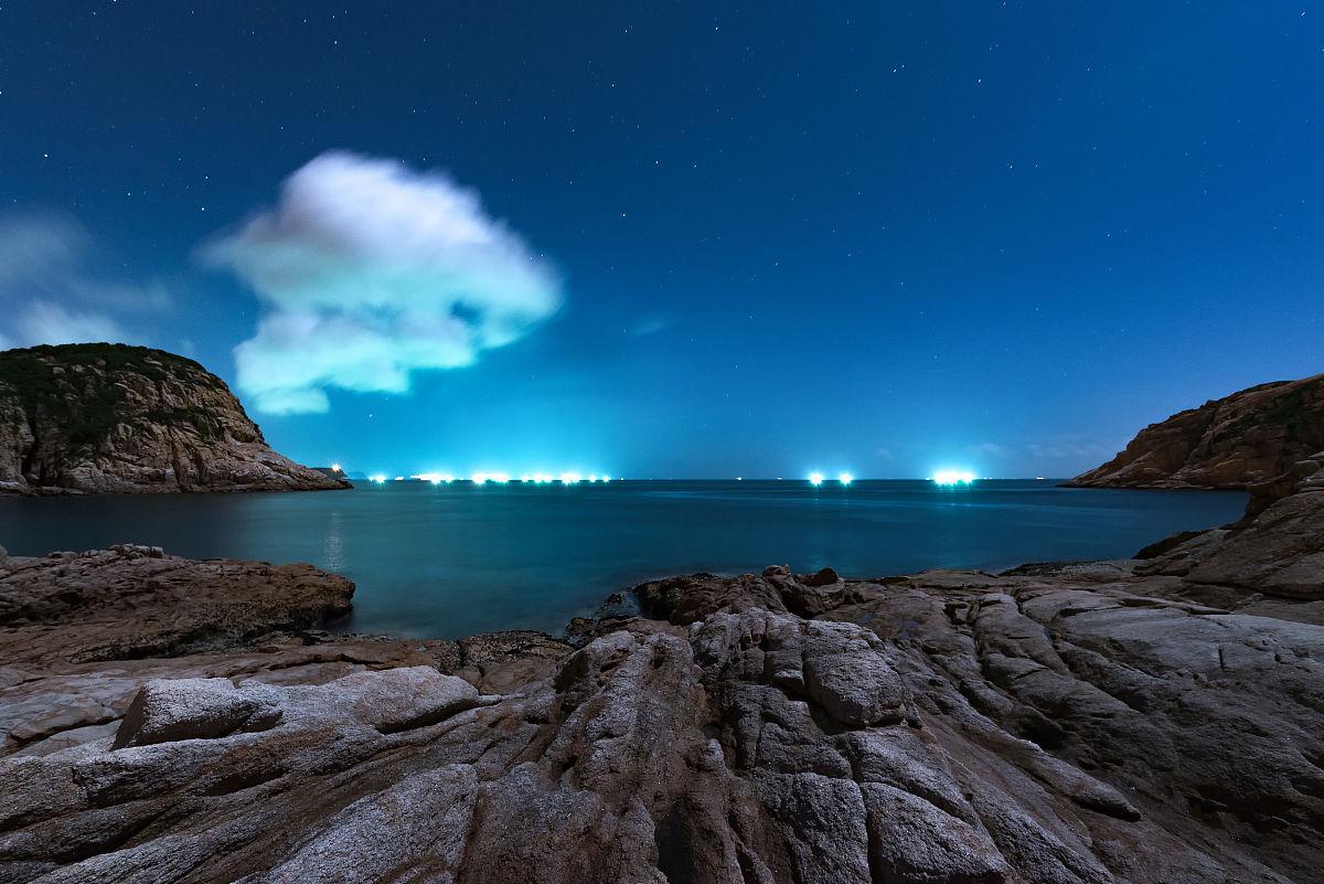 香港,亚洲,夜晚,星空,海滩,礁石,海洋,月光,旅游目的地,云,光,极端图片