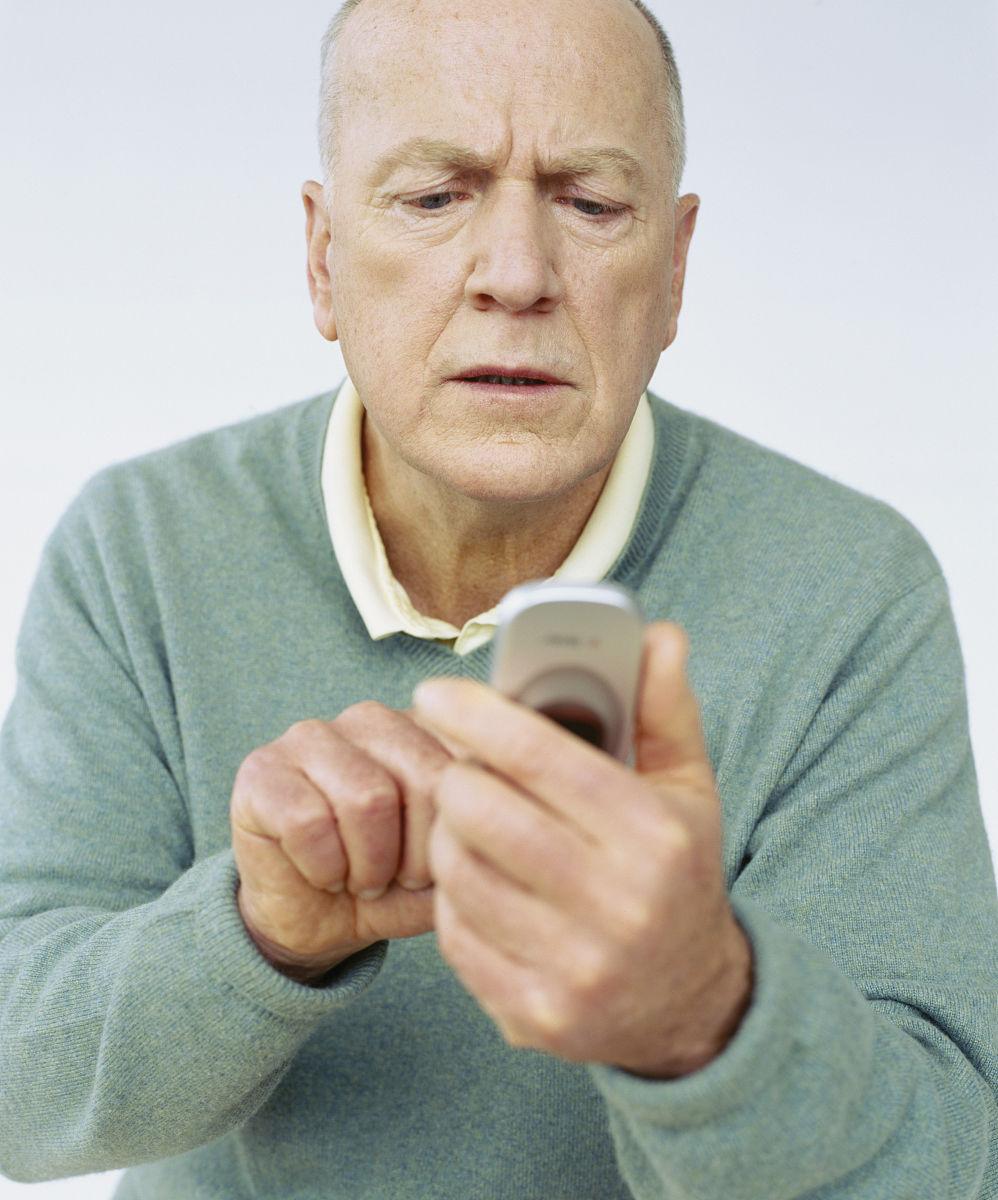 老人专用手机_老人用手机_教会老人用智能手机