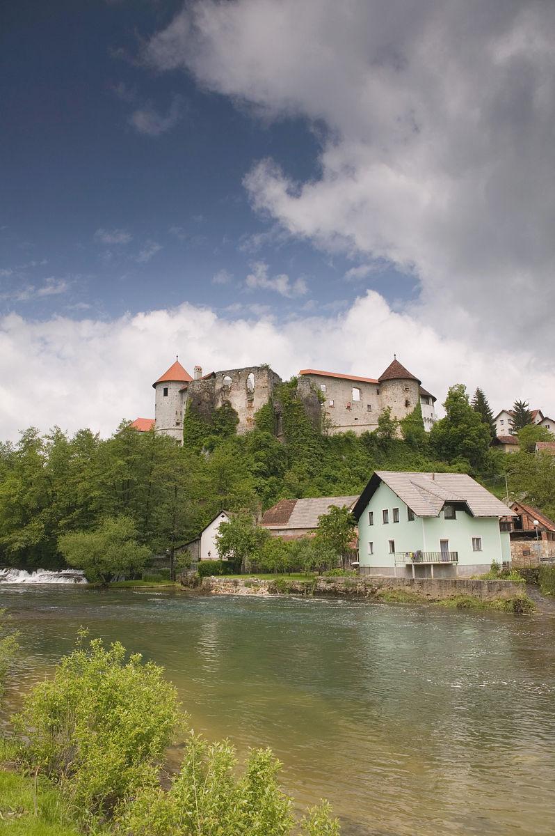 �9��y�-yolz,^��~K����_zuzemberk castle,zuzemberk,多伦斯卡,斯洛文尼亚